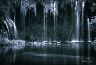 Dark Artistic Waterfalls Monochrome