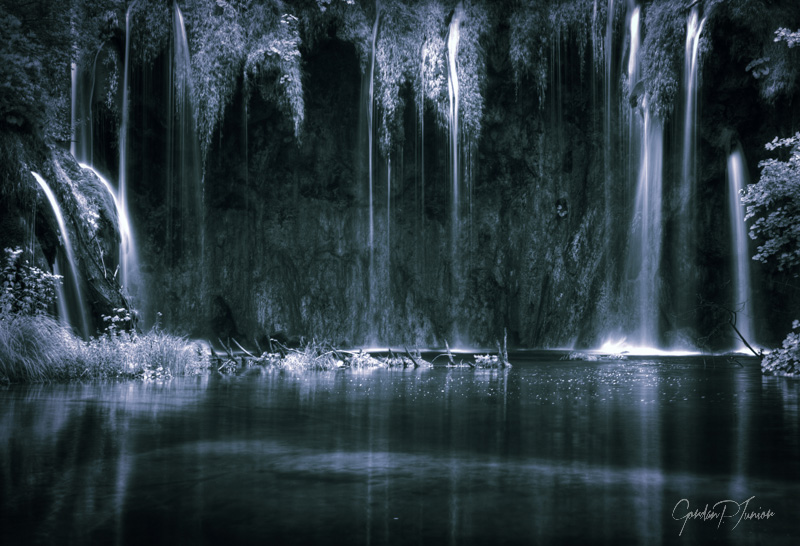 Dark Artistic Waterfalls Monochrome